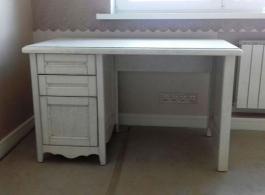 Стіл офісний білий
