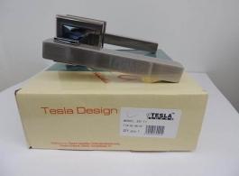 Ручка Tesla на квадраті-30