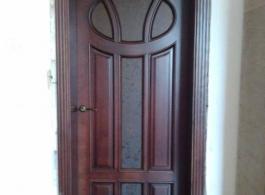 Двері в класичному стилі