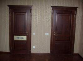 Класичні двері фото