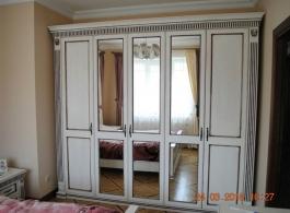 Шафи для спальні-42