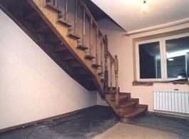 Дерев'яні сходи-03