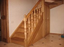 Дерев'яні сходи-04