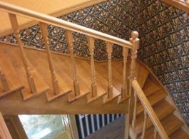 Дерев'яні сходи-12
