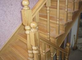 Дерев'яні сходи-15