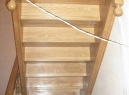 Дерев'яні сходи-16