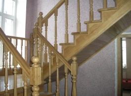 Дерев'яні сходи-18