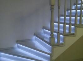 Дерев'яні сходи-20