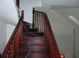 Дерев'яні сходи-21