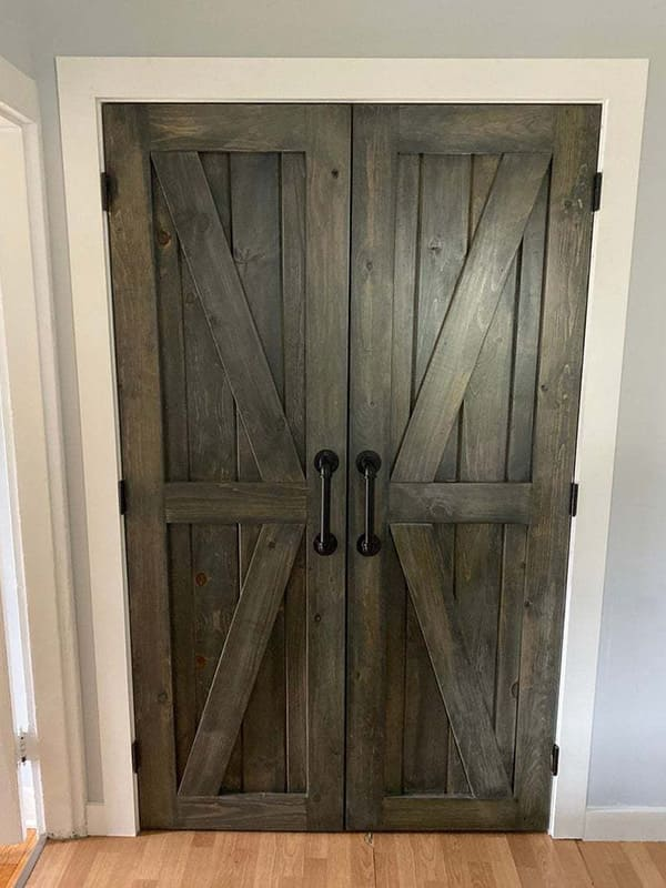 Подвійні дерев'яні міжкімнатні двері у стилі Лофт
