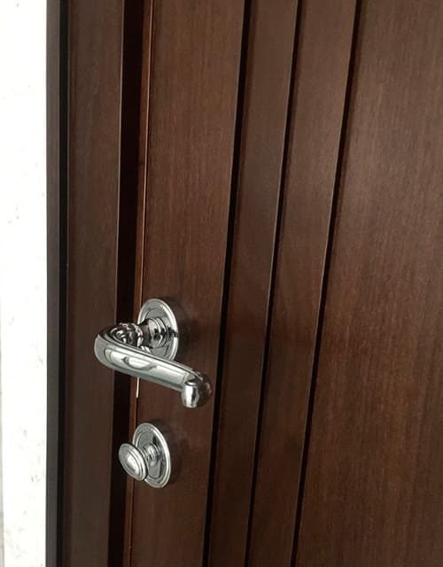 Стильні двері Grace фурнітура