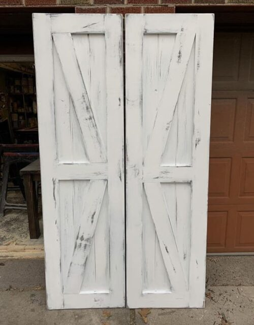Глухі білі міжкімнатні двері з масиву у стилі Лофт
